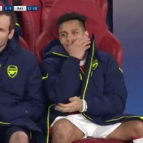 Premier League Asian handicap: Arsenal forward Alexis Sánchez is laughing on the bench
