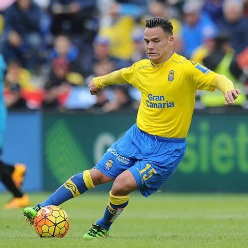 Europa League: Swansea City's new recruit Roque Mesa was Las Palmas Midfielder for the last 7 years. Seems like Premier League got itself another midfielder star