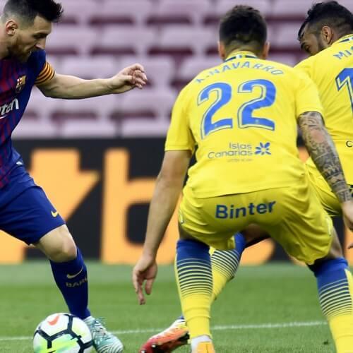 Barcelona defeated Las Palmas