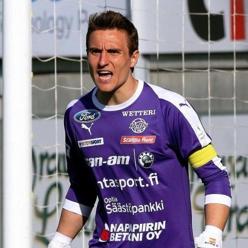 Defensive specialist Antonio Reguero